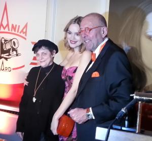 Katharina Thalbach, Emilia Schüle und Leonhard Müller.