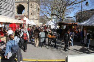 Flanieren auf dem Frühlingsmarkt.