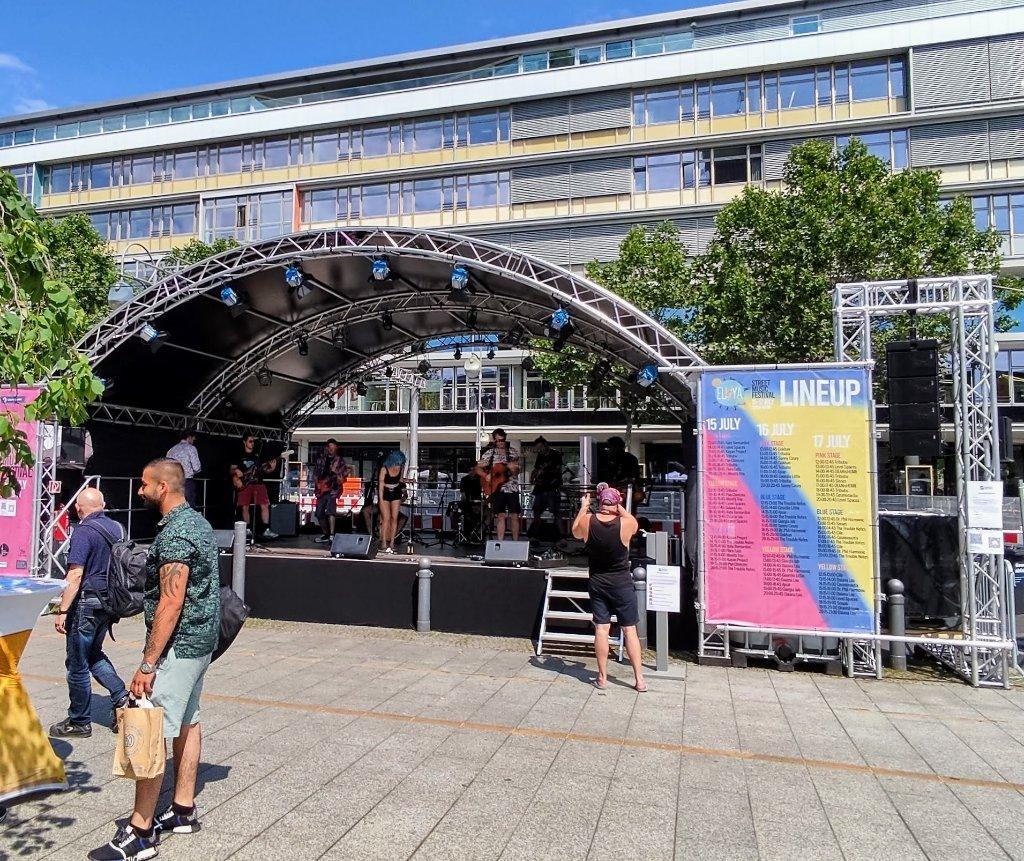 Der Kultursommer 2021 startet mit dem EU4YA Street Music Festival.
