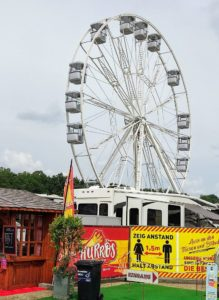 33 Meter hoch ist das Riesenrad.