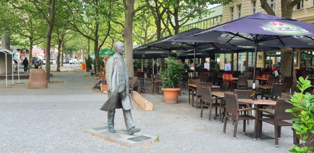 Der nächste Kiezspaziergang startet auf dem Adenauerplatz.