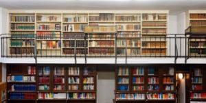 Die alte Magistratsbibliothek geht über zwei Etagen. Bild: BACW